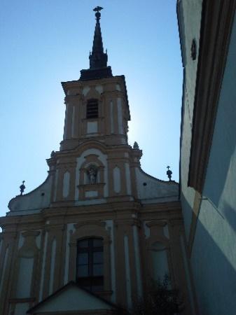 16d6296008d4d Peter Pazmány, ostrihomský arcibiskup sa z úcty k svätému Františkovi  rozhodol postaviť kostol a kláštor v Nových Zámkoch. Základný kameň osobne  posvätil 8. ...